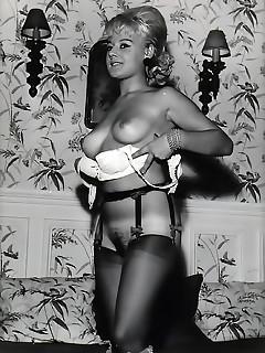 Vintage Bra Pics