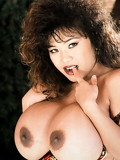Vintage Nipple Pics
